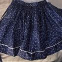 Kékfestőnéptáncos szoknya, Ruha, divat, cipő, Gyerekruha, Kisgyerek (1-4 év), Varrás, kékfestő  mintás pamutvászonból készült néptáncos szoknya, dereka megkötős (kb. 58-62 cm)  bősége 4..., Meska