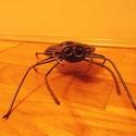 Pók, Képzőművészet, Szobor, Fém, Fémmegmunkálás, Újrahasznosított alapanyagból készült termékek, Állatvariációk közé tartozó, egyszerű, letisztult vonalvezetéssel újrahasznosított vasból készült s..., Meska