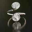 Ezüst hegyikristály gyűrű, Esküvő, Ékszer, Esküvői ékszer, Gyűrű, Ékszerkészítés, Egyedi, kézzel készült hegyikristály gyűrű. 6 mm-es hegyikristály ásványgyöngy ezüst dróttal beteke..., Meska