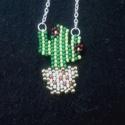 Kaktuszos gyöngy nyaklánc , Ékszer, Medál, Nyaklánc, Téglaöltéssel készült kaktuszos gyöngy nyaklánc. Magassága 4 cm Szélte 2,5 cm  A lánc hoss..., Meska