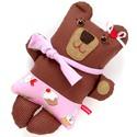 Pite medve csíkos harisnyában, süti, muffin mintás szoknyában - barna, piros, rózsaszín, Pite süteményillatú barlangot keres hosszú tá...
