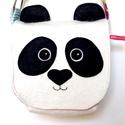 Panda válltáska lányoknak - állítható pántos leánymintás, fehér fekete mintás, Baba-mama-gyerek, Táska, Válltáska, oldaltáska, Tarisznya, Pandás kistáskám külső része filcből készült (60% gyapjú, 40% műszál), saját dizájn alapján. Kiváló ..., Meska