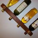Fali bortartó 2 , Férfiaknak, Otthon, lakberendezés, Sör, bor, pálinka, Famegmunkálás, Újrahasznosított alapanyagból készült termékek, Egyedi bortartó eladó !  Masszív raklap maradékból készült .  Strapabíró 4 cm vastag anyagból . 47 ..., Meska