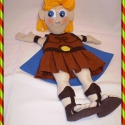 Hercules bábfigura, Baba-mama-gyerek, Játék, Báb, E kedves figura Hercules, a film főszereplője.  Teste: filc és jersey anyagból van. Ruhája vör..., Meska