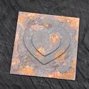 Rozsdás hatású 3D szives falikép, Dekoráció, Otthon, lakberendezés, Falikép, Rozsdás vas hatású (valódi rozsdával) fa lapra készült szives 3D falikép. Mérete 15 cm x 15..., Meska