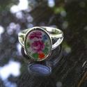 Virágos gyűrű, Ékszer, Karkötő, Ékszerkészítés, ezüst színű gyűrű alapban csiszolt porcelán. Gyűrű mérete: 60,8mm az az 61es., Meska