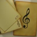 Ajándékötlet zenetanárodnak,  zenei összejövetelekre, találkozókra:,  autogramgyűjtéshez, Naptár, képeslap, album, Mindenmás, Jegyzetfüzet, napló, Hangszer, zene, Papírművészet, .... írhatsz dalszöveget, zenei idézetet,  ragaszthatsz koncertekről, hangversenyről, zenei találko..., Meska