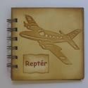 Emlékmegőrző - Reptéri jegyzetek......, Naptár, képeslap, album, Esküvő, Ajándékkísérő, Jegyzetfüzet, napló, Papírművészet, (Nézz körül Igenigen boltomban is.)  A repülőtér...... a nagy érzelmek színtere, ahol emberek talál..., Meska