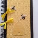 Méhes  -  mézes jegyzetek, napló, receptek, óvodai méhecske csoport - sárga-fekete, Naptár, képeslap, album, Konyhafelszerelés, Jegyzetfüzet, napló, Receptfüzet, A méh olyan, mint a háziasszony, akkor is zsörtölődik, amikor énekel. (Victor Hugo)  Az egyedi..., Meska
