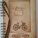 ÚJ! Biciklis album - születésnapi ajándék - örök emlék-emlékmegőrző- kerékpárverseny - kerékpártúra - családi kirándulás, Otthon & lakás, Férfiaknak, Naptár, képeslap, album, Jegyzetfüzet, napló, Az albumot azoknak a barátaidnak, szeretteidnek ajándékozhatod, akik szívesen őrzik meg a kerékpáros..., Meska
