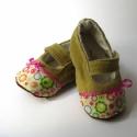 Bohém virágos lányka cipő, Mahlere részére készült ez a kiscipő bőr tal...