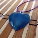 Kék sziv alakú átlatszó műgyanta medál, Ékszer, óra, Medál, Nyaklánc, Ékszerkészítés, Kék sziv alakú átlatszó medál ? nagy. Ez az apró csillámló porral fűszerezett szív alakú medál a te..., Meska