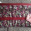 Mini virágos tolltartó ,neszesszer, Táska, Pénztárca, tok, tárca, Virágok,pamut csipke és textil rózsa díszíti. Vékony szivacs béleli a jó tartás végett,bel..., Meska
