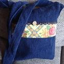 Kék virágos táska, Táska, Baba-mama-gyerek, Válltáska, oldaltáska, Tarisznya, Strapabíró kék szövetből  készült,  virágmintás anyag és pamut csipke díszíti.  Bélés ..., Meska