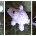 horgolt jegesmedve, Baba-mama-gyerek, Játék, Készségfejlesztő játék, Baba játék, un. amigurumi: horgolt jegesmedve mosható vatelin töltettel   12 cm magas 16 cm hosszú  tetszőle..., Meska