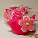 Rózsaszín tavaszi madárkák, Dekoráció, Húsvéti díszek, Otthon, lakberendezés, Ünnepi dekoráció, 6 db.-ból álló szett .Méretük :kb. 9×5 cm . Filc anyagból készültek , vatelinnel tömtem ki őket , fi..., Meska