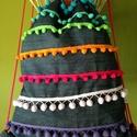 Hátizsák, Táska, Hátizsák, Bohókás farmer hátizsák színes pompomokkal díszítés. Méretei:32/40, Meska