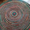 Horgolt szőnyeg, Otthon & Lakás, Lakástextil, Szőnyeg, Horgolás, 735 méter színes akrilfonalból készült kézzel horgolt körszőnyeg. Nagyon puha, kellemes tapintású. ..., Meska
