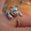Ezüst cicás gyűrű, Ékszer, óra, Képzőművészet, Mindenmás, Gyűrű, Fémmegmunkálás, Ötvös, Viaszból mintázott, utána 925-ös ezüstből kiöntött gyűrű Bármilyen méretre beállítható!, Meska