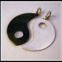 Ezüst yin-yang medál 1 darabban - vésve, egyedi kérésre készülő vésett yin-yang medá...