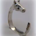Ezüst Ló, paci gyűrű, Ékszer, óra, Képzőművészet, Gyűrű, Ötvös, Ékszerkészítés, viaszból mintáztam és utána ezüstből kiöntettem a gyűrűt  állítható méretű, Meska