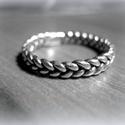 Ezüst fonott gyűrű, Ékszer, Gyűrű, 925-ös ezüst  kb 2 mm széles. Öntéssel készült, viaszrudakból én formáltam meg, öntés után kidolgozt..., Meska