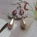 Angel ! fülbevaló, Ékszer, óra, Fülbevaló, Egy angyalkát hoztam a romantikusoknak :)  Üveg gyöngyből készítettem.  Hossza:3,5 cm , Meska