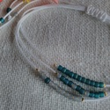 Tengerpart- fehér-türkíz karkötő, 3 soros könnyű, nyári karkötő. Kiemeli bőrő...