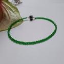 Smaragd karkötő, Minimalista, 2mm-es fazettált smaragd szemekből ...