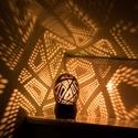 minimoodie home - Big city Life edition, Otthon, lakberendezés, Lámpa, Hangulatlámpa, Mindenmás, Különleges mintájú, egyedi kézműves hangulatlámpa, amely gombnyomásra csodás fényeket fest a nappal..., Meska
