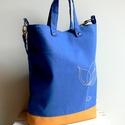 Kék vászontáska levélke mintával, Táska, Neszesszer, Szatyor, Válltáska, oldaltáska, Kék canvasból és textilbőrből készült ez a táska. Mágneszárral zárható.  Lecsatolható füllel, belül ..., Meska