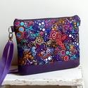 Lila buborékos válltáska, Táska, Válltáska, oldaltáska, Egy buborék mintás pamutvászonból (Robert Kaufmann) és lila textilbőrőből varrtam ezt a táskát.   Ál..., Meska