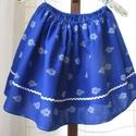 Kékfestő szoknya, Ruha, divat, cipő, Gyerekruha, Kamasz (10-14 év), Kékfestő mintájú lányka szoknya.   Dereka gumírozott adott méretre állítom, körmérete alul 195 cm, h..., Meska
