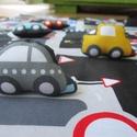 Autópálya kisautókkal, Baba-mama-gyerek, Játék, Gyerekszoba, Készségfejlesztő játék, Autópálya mintájú textilből készült játszószőnyeg 6db textil kisautóval, amelyek a hátol..., Meska