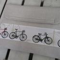 Biciklis notebook-tartó, Táska, Szatyor, Válltáska, oldaltáska, Bicikli mintás és natúr színű vászon találkozásából született ez a notebook-tartó. 0,5 cm-es szivacc..., Meska