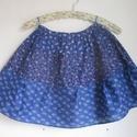 Kékfestő szoknya három mintával (1.) , Ruha, divat, cipő, Gyerekruha, Kamasz (10-14 év), Kékfestő mintájú lányka szoknya.  Érdekessége, hogy háromféle kékfestő anyagból készült, amelyek rán..., Meska