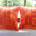 Szíves, csíkos patchwork párna párban, Otthon, lakberendezés, Lakástextil, Patchwork, foltvarrás, Varrás, Narancssárga és narancs - bordó csíkos vászonból készült ez a két díszpárna. Élénk színének, és ked..., Meska