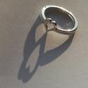 VékonySzívösszerakó, Ékszer, Gyűrű, Ékszerkészítés, Ötvös, Ez egy két darabos, egyszerűbb ördöglakat gyűrű. A gyűrűt összerakva a teteje szív alakot formáz. 9..., Meska