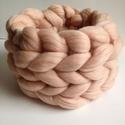 Extra finom ausztrál merino gyapjú vastag körsál barack színben, Rendelésre készült ez a merino gyapjú körsál...