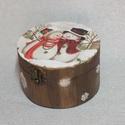 Hóemberes kerek doboz, Otthon, lakberendezés, Tárolóeszköz, Doboz, Hóemberes kerek doboz 3D-s hópihékkel. Mérete 12x7 cm, Meska