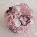 Esküvői csokor, menyasszonyi csokor (Annabelle), Esküvő, Esküvői csokor, Esküvői ékszer, Esküvői dekoráció, Virágkötés, Esküvői csokor neve: Annabelle  Az eskövői csokor sok kézzel készített virágból és csipkéből készül..., Meska