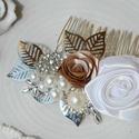esküvői hajdísz vintage stílusban, Ékszer, Esküvő, Esküvői ékszer, Hajdísz, ruhadísz, Ez az esküvői fejdísz szatén virágokból készült, gyöngyökkel és strasszokkal díszítve. ..., Meska