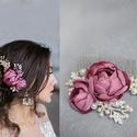 esküvői hajdísz, gyöngyökkel strasszokkal, Ékszer, Esküvő, Esküvői ékszer, Hajdísz, ruhadísz, Ez az esküvői fejdísz gyöngyökkel és strasszokkal díszítve készült el, szatén virágokkal..., Meska