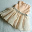 Alkalmi , keresztelő kislány ruha 68,és 74- es  méretben , Baba-mama-gyerek, Ruha, divat, cipő, Gyerekruha, Baba (0-1év), Varrás,   Alkalmi- keresztelő  kislány ruha    Barack színű , derék része ezüst színű díszítéssel    Készle..., Meska