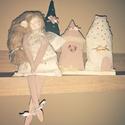 Pasztell színű házikók és Angyalka, Dekoráció, Otthon, lakberendezés, Varrás, Pasztell színű textilekből varrtam és rózsaszín gyöngyökkel díszítettem ezeket a manó házikókat, il..., Meska