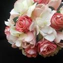 Tulirózsa menyasszonyi csokor, Esküvő, Esküvői csokor, Virágkötés, Szálas rózsából, habrózsából,tulipánból kötöttem ezt a csokrot. Dúsan veszi körül a  rózsalevél,a n..., Meska