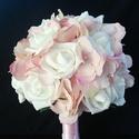 Hortenzia rózsa menyasszonyi csokor, Esküvő, Esküvői csokor, Fehér rózsából és rózsaszín hortenziából kötöttem ezt a csokrot. Átmérője 20 cm. Bokrétát kérhetsz h..., Meska