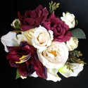 Tanárnőnek,örömanyának, ünnepeltnek VIRÁG BOX, Dekoráció, Esküvő, Virágkötés, A képen látható kompozíció magassága 13 cm,szélessége 18cm. Minőségi selyem virágból és habrózsából..., Meska