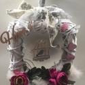 Kopogtató szögletes, Anyák napja, Dekoráció, Otthon, lakberendezés, Ajtódísz, kopogtató, Szögletes vessző alapra készült kopogtató 20*20 cm-es, selyemvirággal dekorálva, mely más sz..., Meska