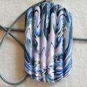 Levendula medál, Ékszer, Medál, Nyaklánc, Fehér, rózsaszín, kék és fekete FIMO ékszergyurmából készítettem ezt a hullámos felületű medált. Mér..., Meska